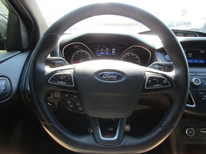 Ford Focus 2018 price $25,950