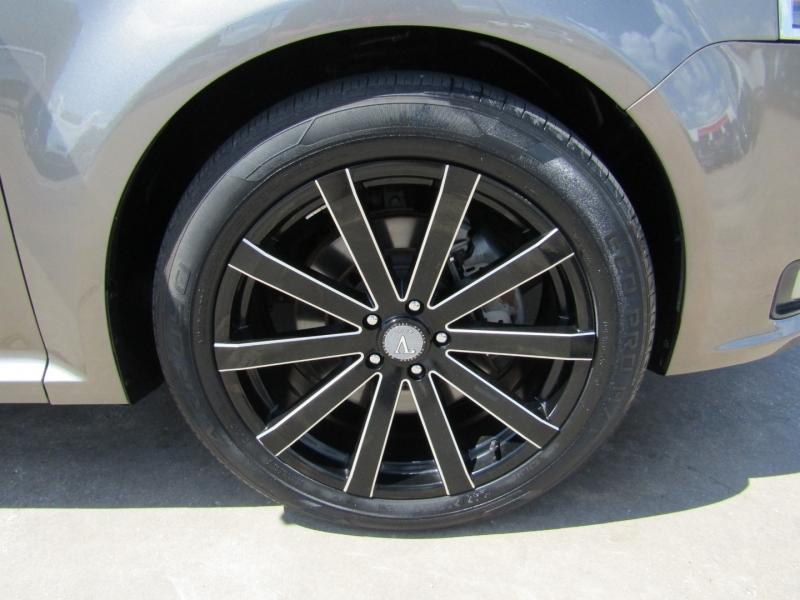 Ford Flex 2013 price $9,950