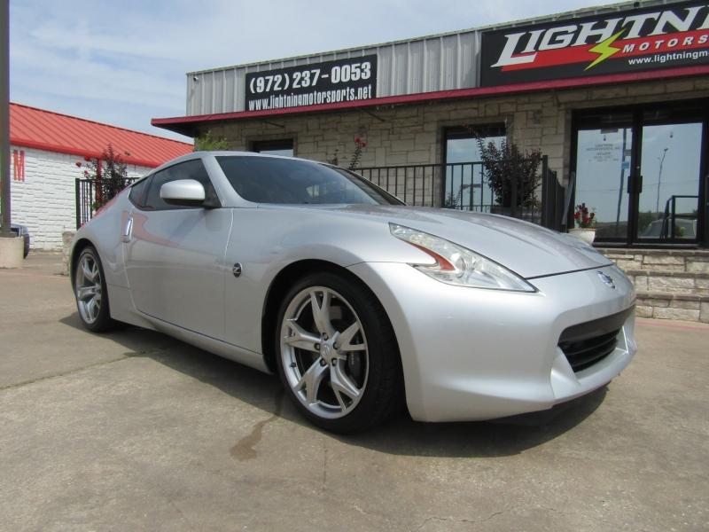 Nissan 370Z 2012 price $20,950