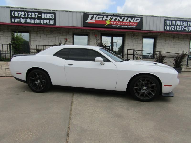 Dodge Challenger 2016 price $39,850