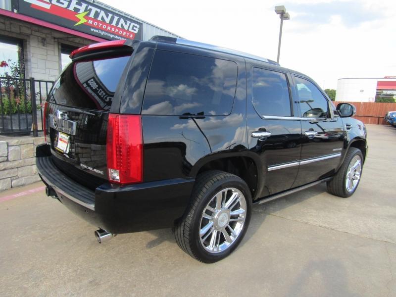 Cadillac Escalade 2012 price $26,950