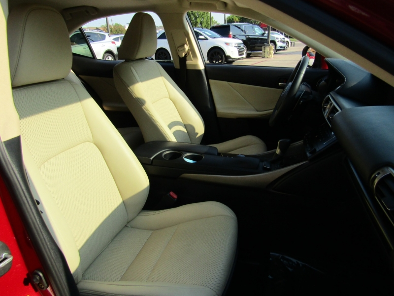 Lexus IS 350 2014 price $22,950