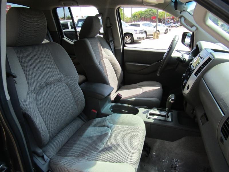 Nissan Frontier 2013 price $15,950