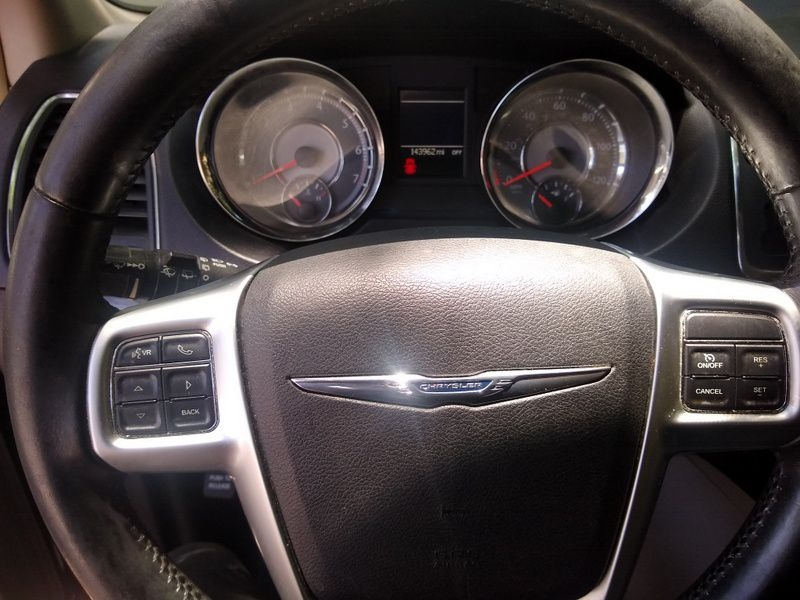 CHRYSLER TOWN & COUNTRY 2012 price $7,500