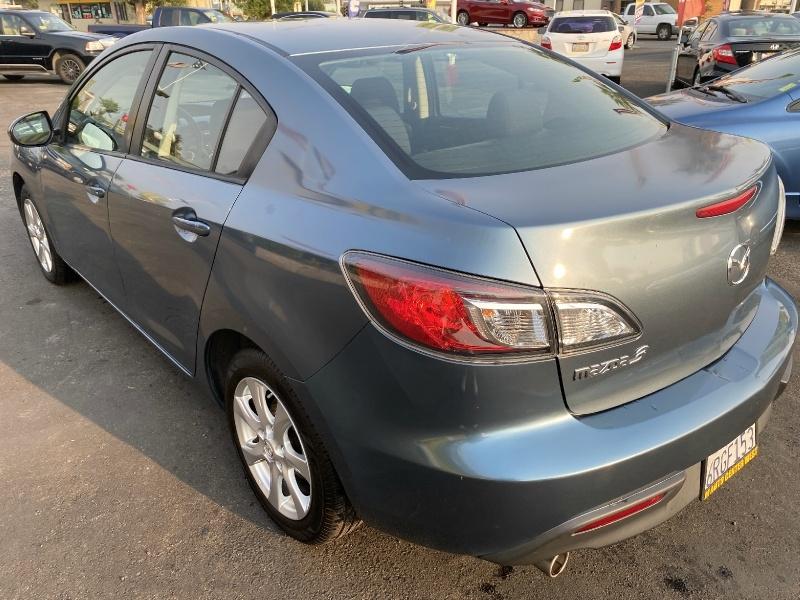 Mazda Mazda3 2011 price $9,995
