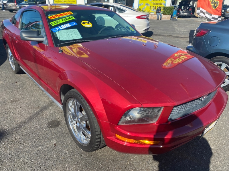 Ford Mustang 2006 price $8,495
