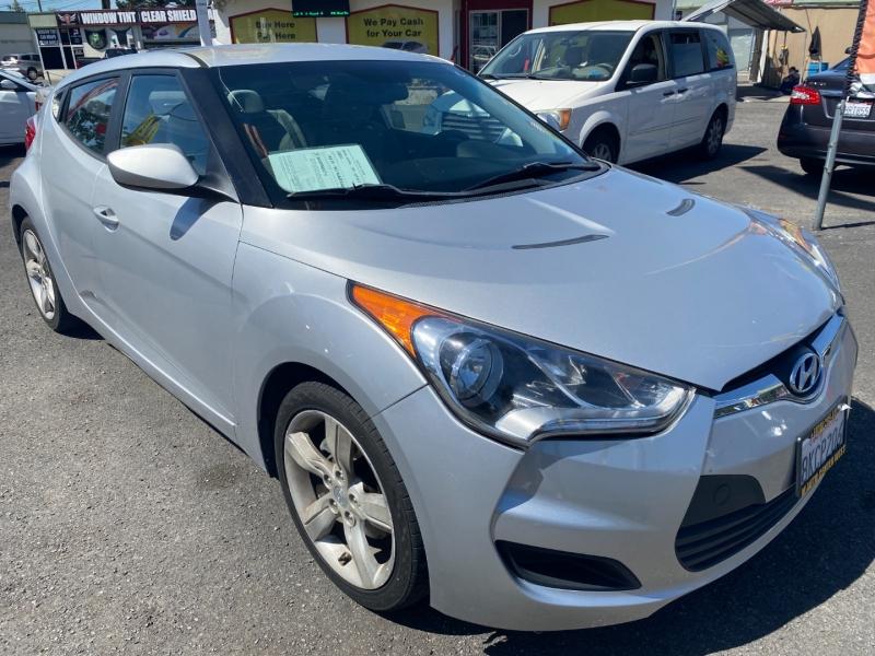 Hyundai Veloster 2012 price $10,495