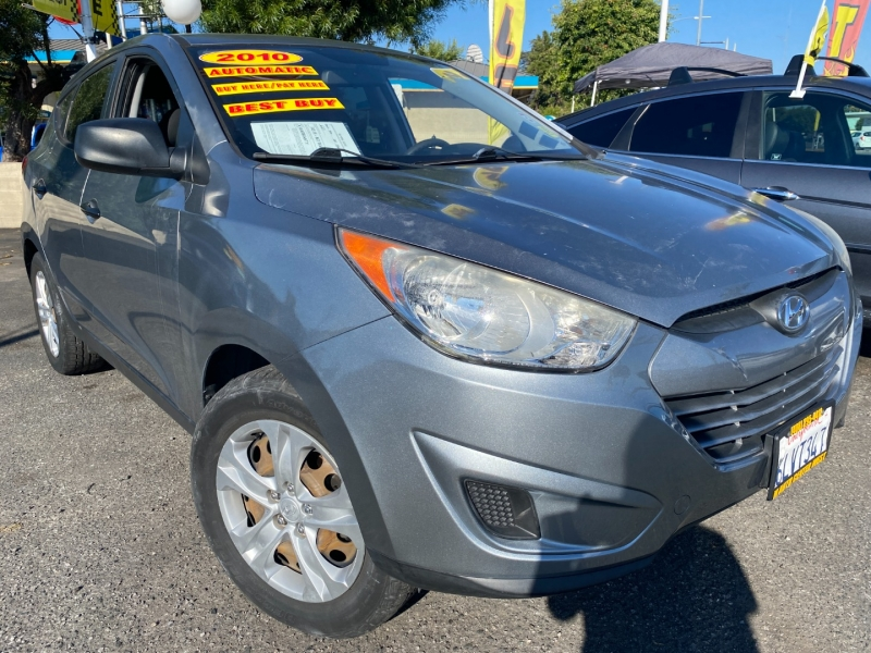 Hyundai Tucson 2010 price $11,995