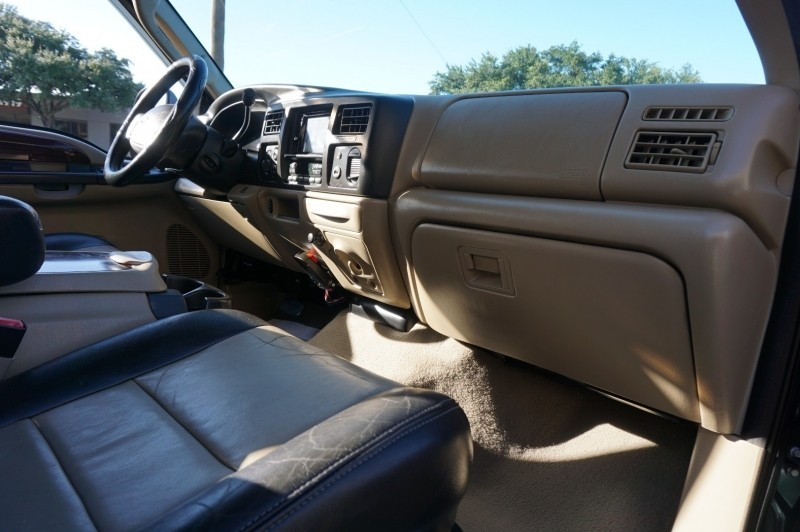 Ford EXCURSION 2005 price $22,995