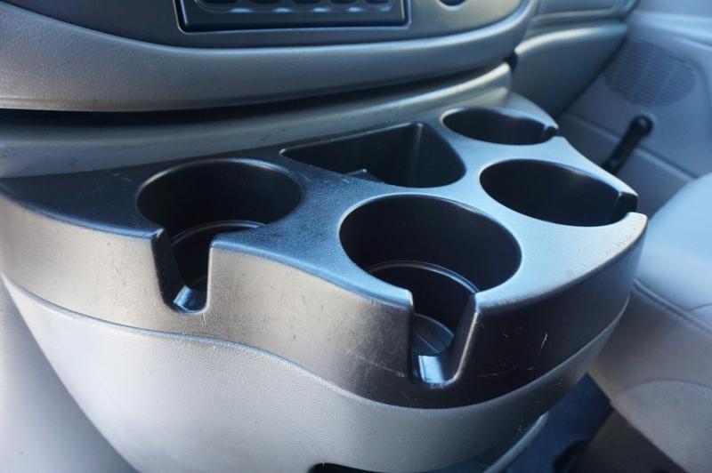 Ford ECONOLINE 2006 price $10,995