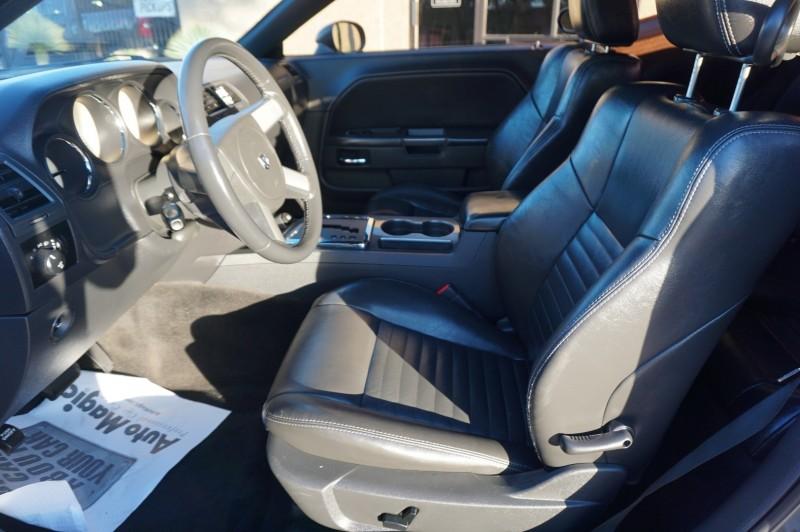 Dodge CHALLENGER 2010 price $12,995
