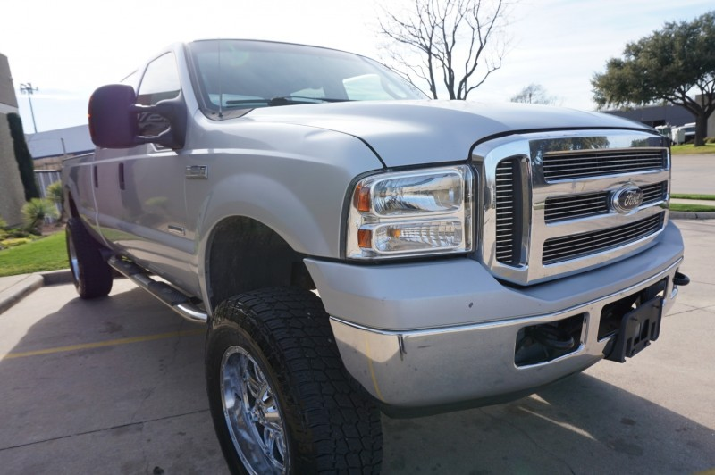 Ford Super Duty F-250 2005 price $17,995