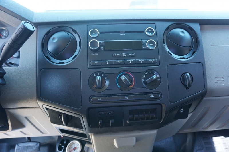 Ford Super Duty F-350 DRW 2010 price $18,995