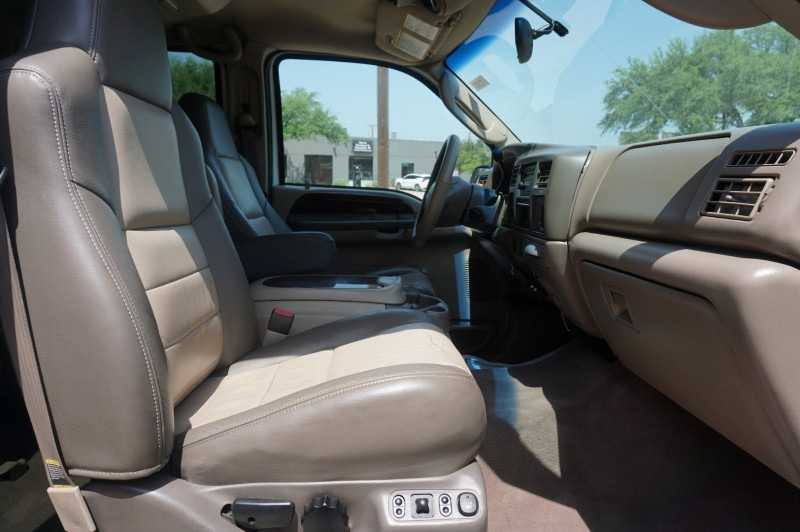 Ford Excursion 2004 price $20,995