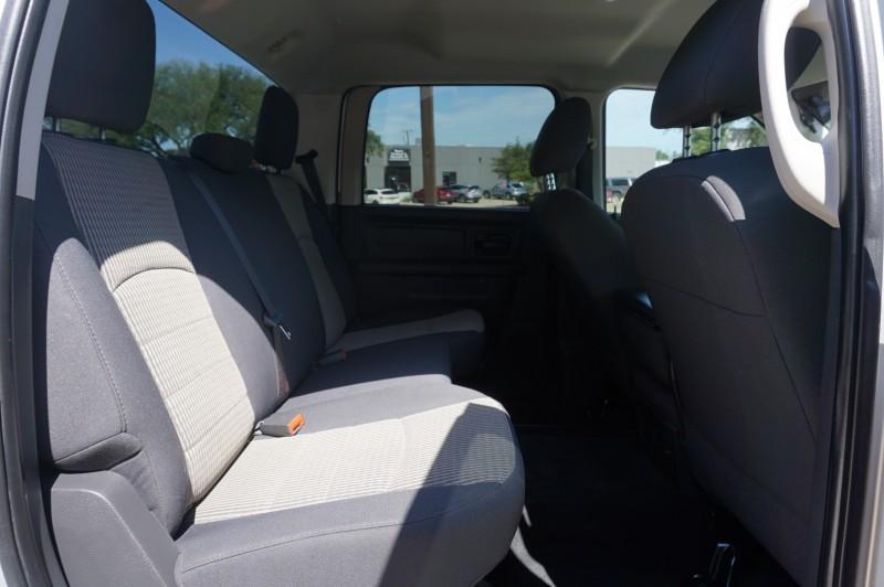 Dodge RAM 3500 2011 price $30,995