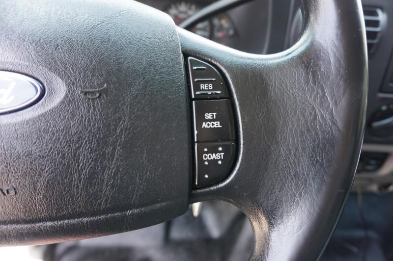 Ford Super Duty F-550 DRW 2005 price $16,995