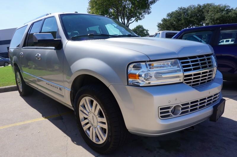Lincoln Navigator L 2014 price $14,995