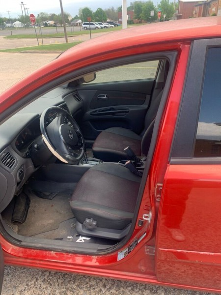 Kia Rio5 2011 price $3,990