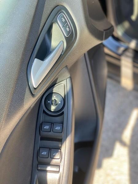 Ford Focus 2016 price $6,990