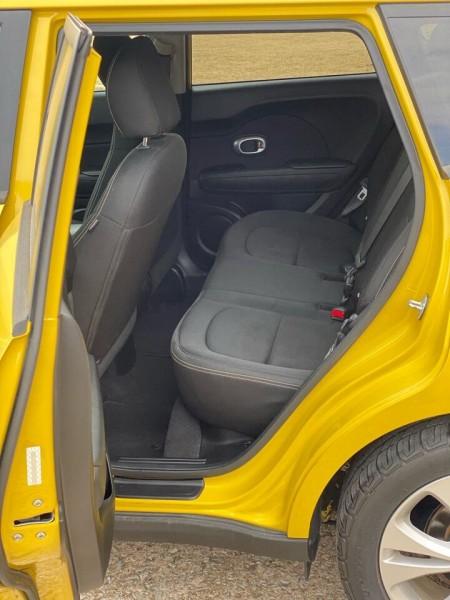 Kia Soul 2015 price $8,990