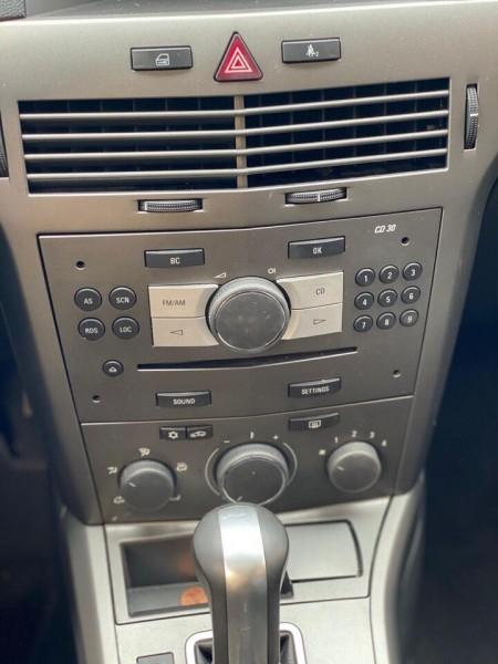Saturn Astra 2008 price $4,200