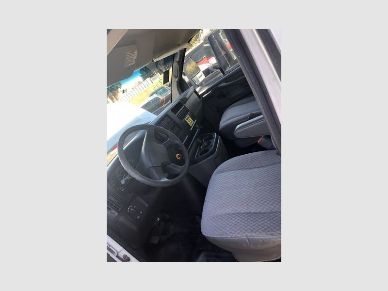 Chevrolet Express Cutaway 2007 price $10,999