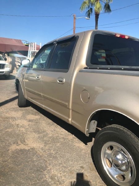 Ford F-150 SuperCrew 2001 price $5,450