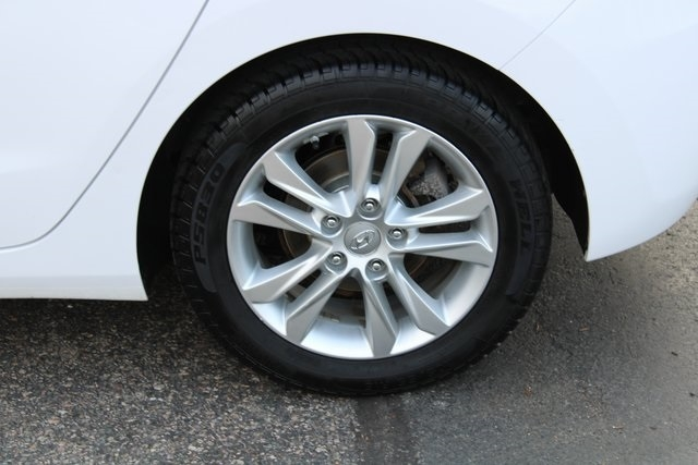 Hyundai Elantra GT 2014 price $9,177
