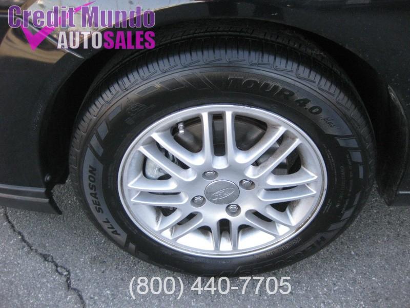 Ford Focus 2007 price $3,988