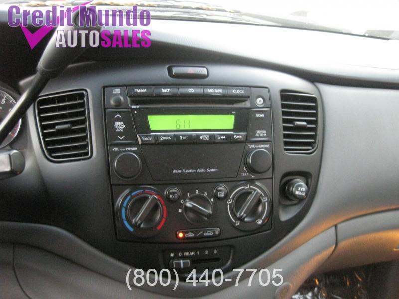 Mazda MPV 2004 price $4,188