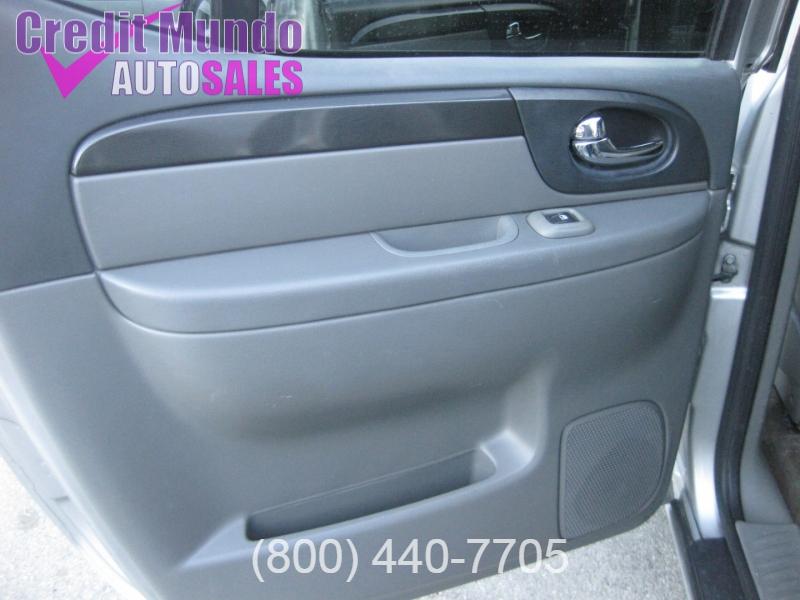 GMC Envoy XUV 2004 price $4,488
