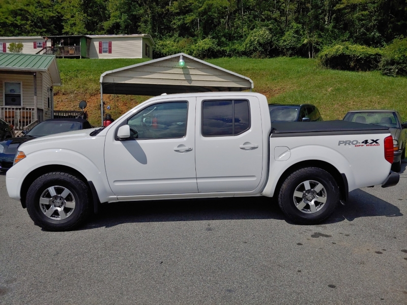 Nissan Frontier 2011 price $15,995