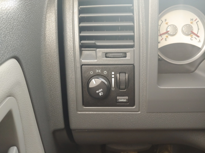 Dodge Dakota 2006 price $9,995