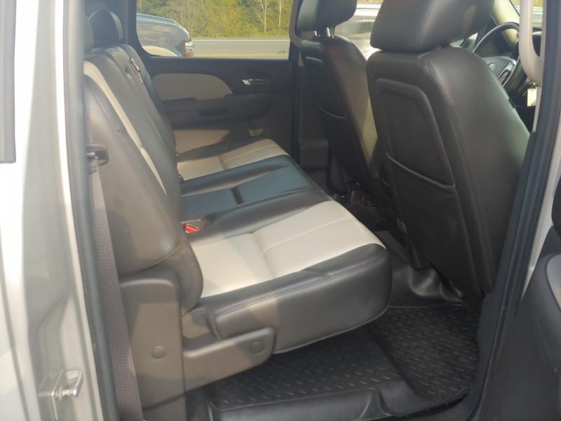 GMC Sierra 1500 2011 price $22,995