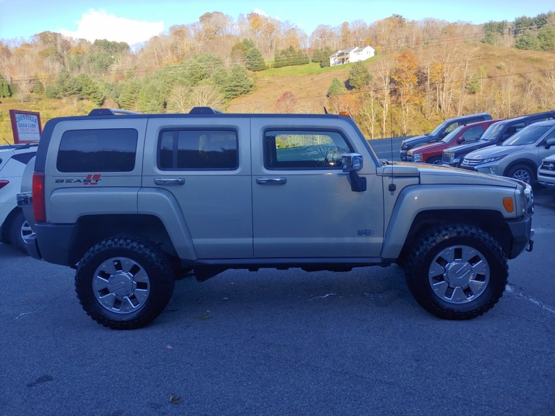 Hummer H3 2008 price $11,995