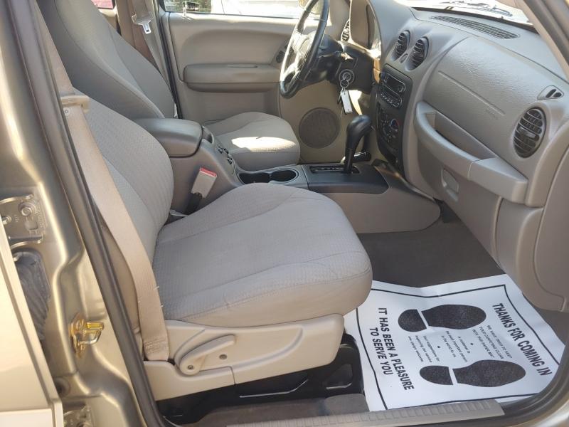 Jeep Liberty 2004 price $6,995