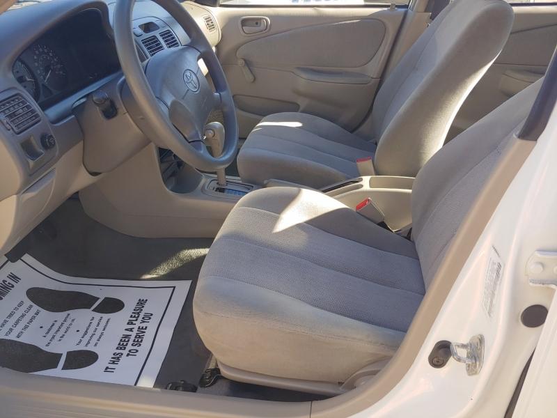 Toyota Corolla 2002 price $4,995