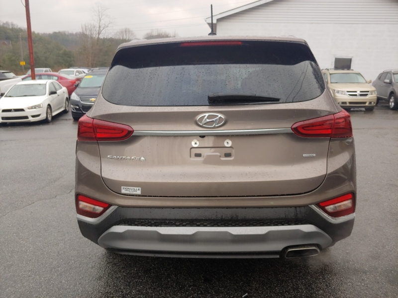 Hyundai Santa Fe 2019 price $18,995