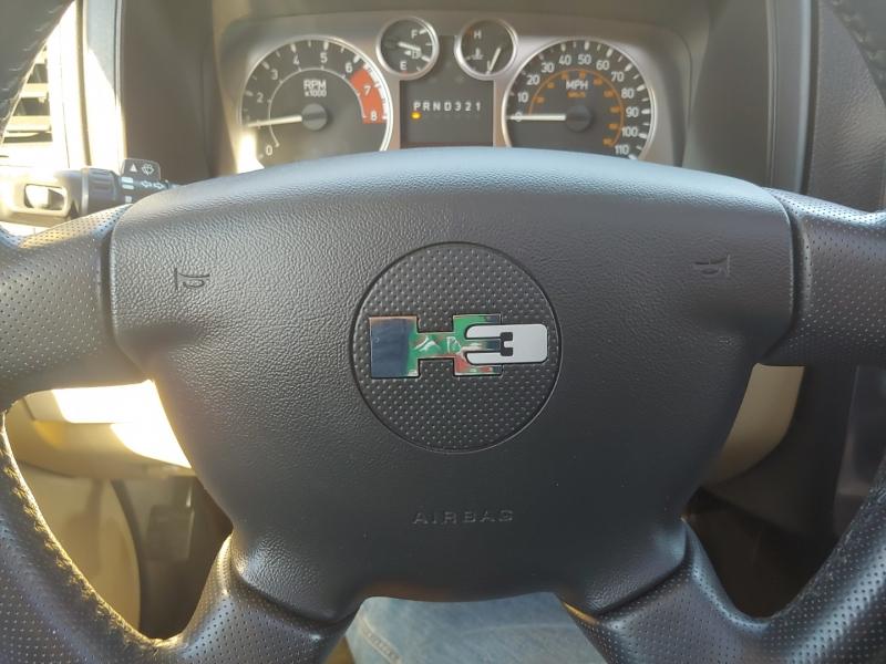 Hummer H3 2006 price $10,995