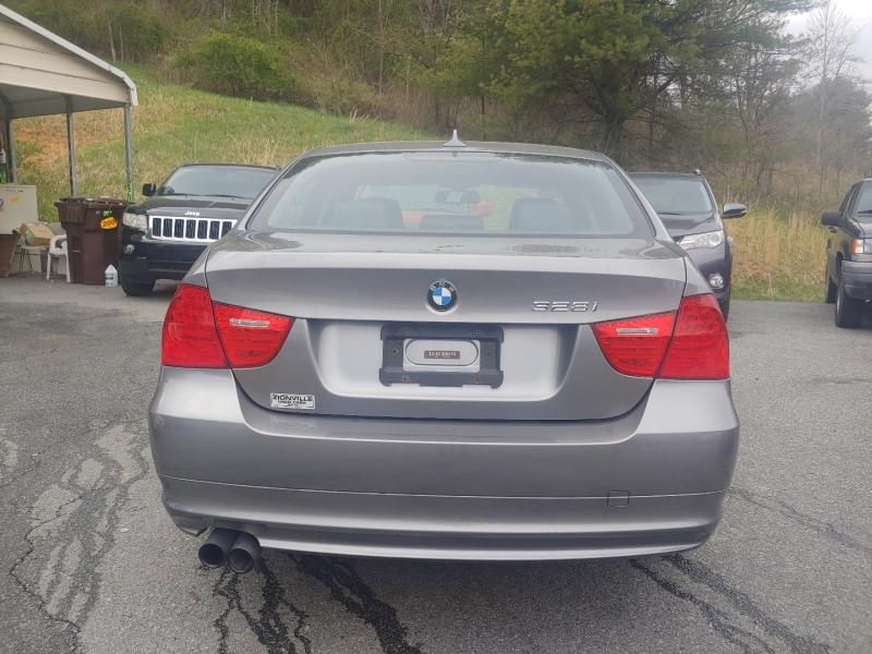 BMW 3-Series 2011 price $14,995