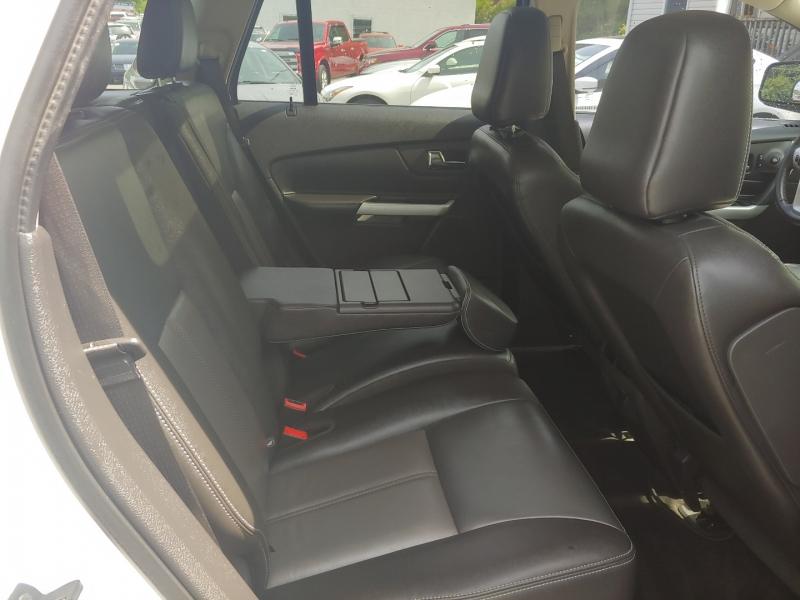 Ford Edge 2011 price $14,995