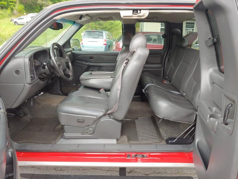 GMC Sierra 1500 2005 price $15,995