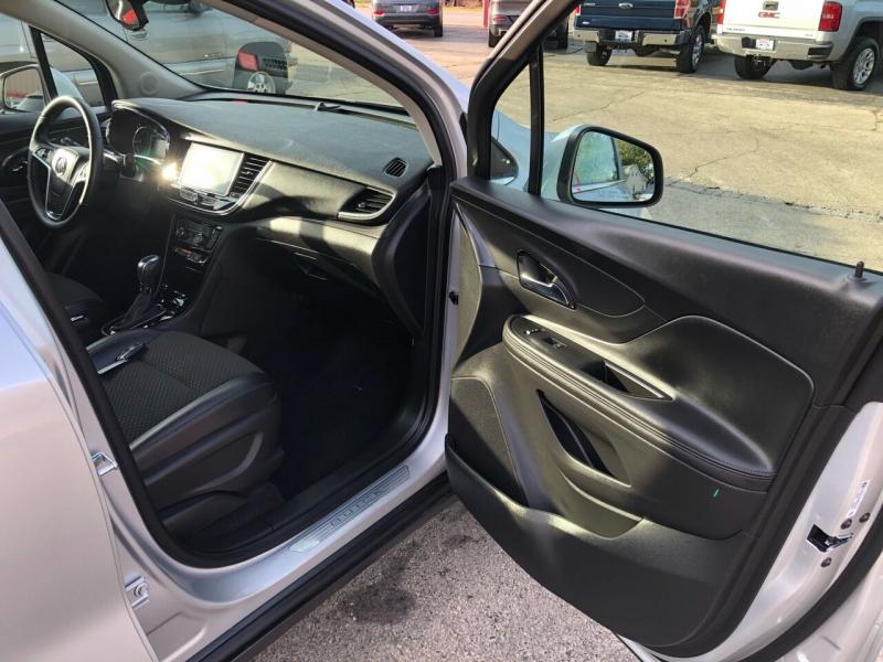 Buick Encore 2018 price $15,995