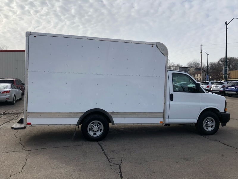 Chevrolet Express Cutaway 2017 price $22,995