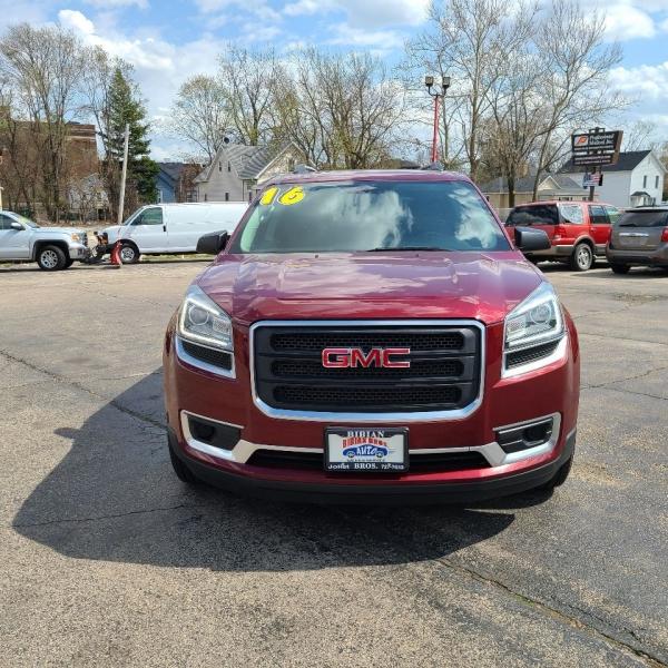 GMC Acadia 2016 price $16,995