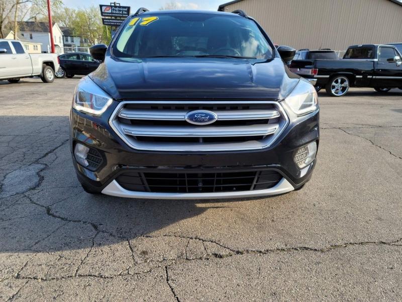 Ford Escape 2017 price $15,800