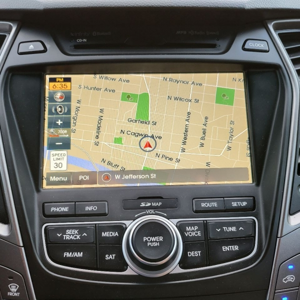 Hyundai Santa Fe Sport 2014 price $17,995