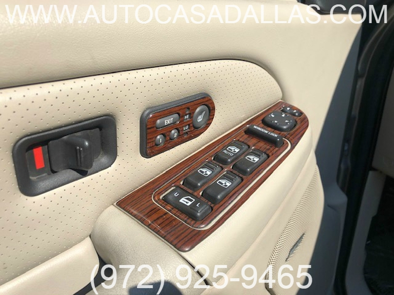 Cadillac Escalade EXT 2002 price $10,988