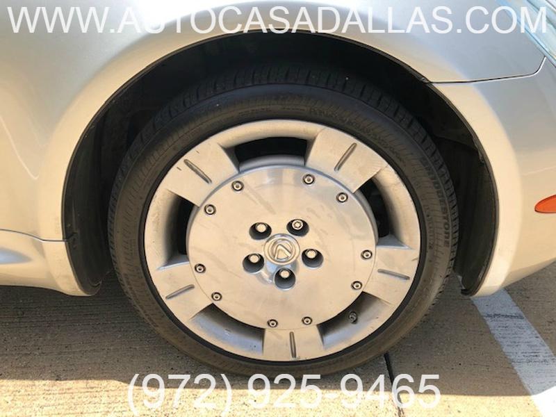 Lexus SC 430 2002 price $12,781