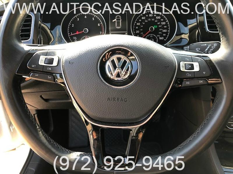 Volkswagen Golf 2015 price $13,781
